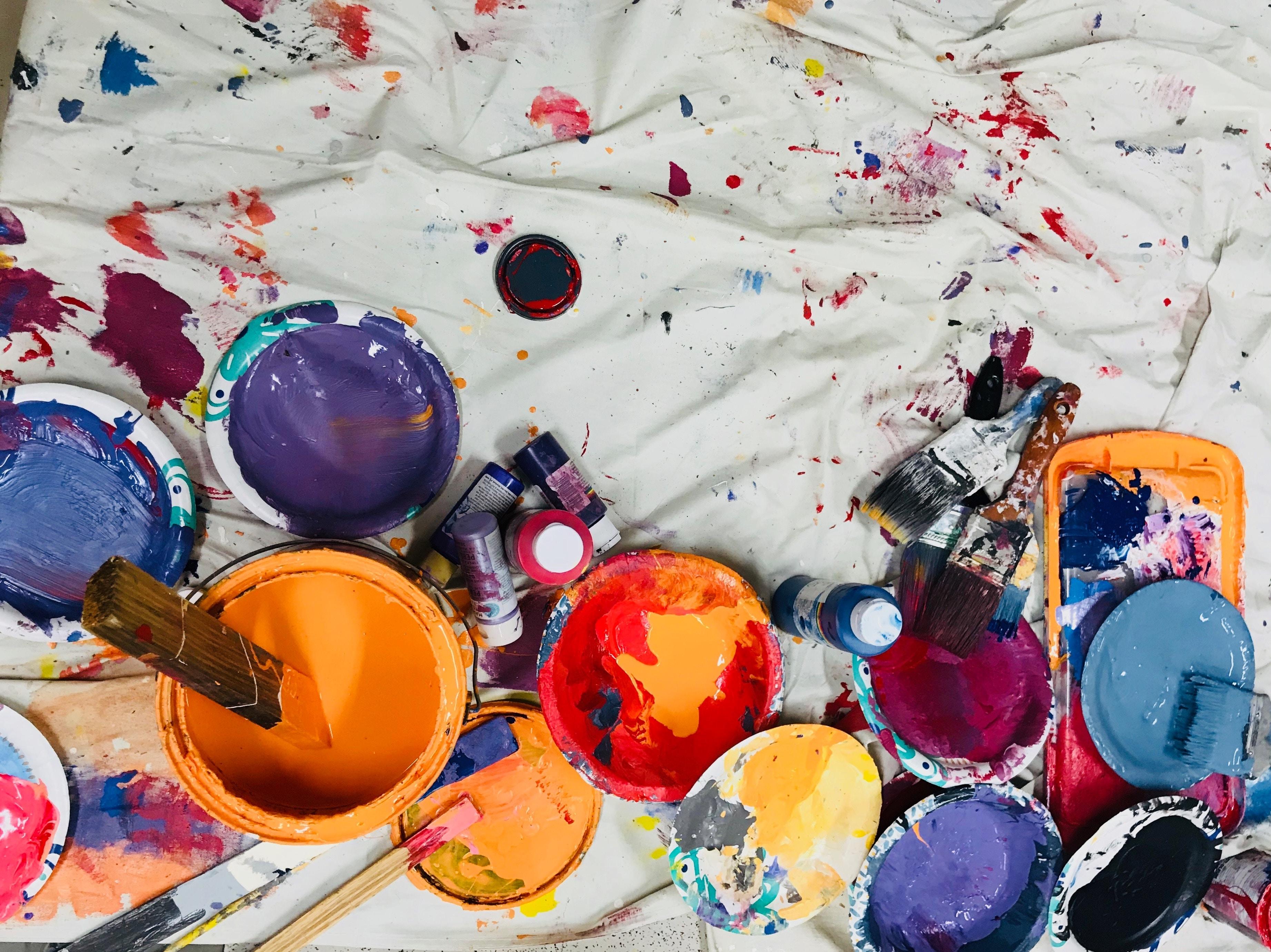 建築塗料・関連資材販売